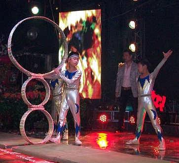acrobate et jongleur