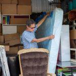 Pourquoi mettre ses meubles dans un garde meuble ou dans un box a louer ?